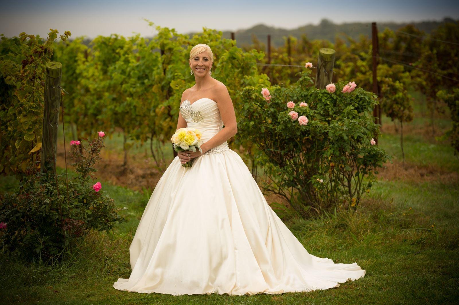 Wedding Dress In Ct.Danielle S Wedding Dress Preservation In Connecticut Wedding Gown