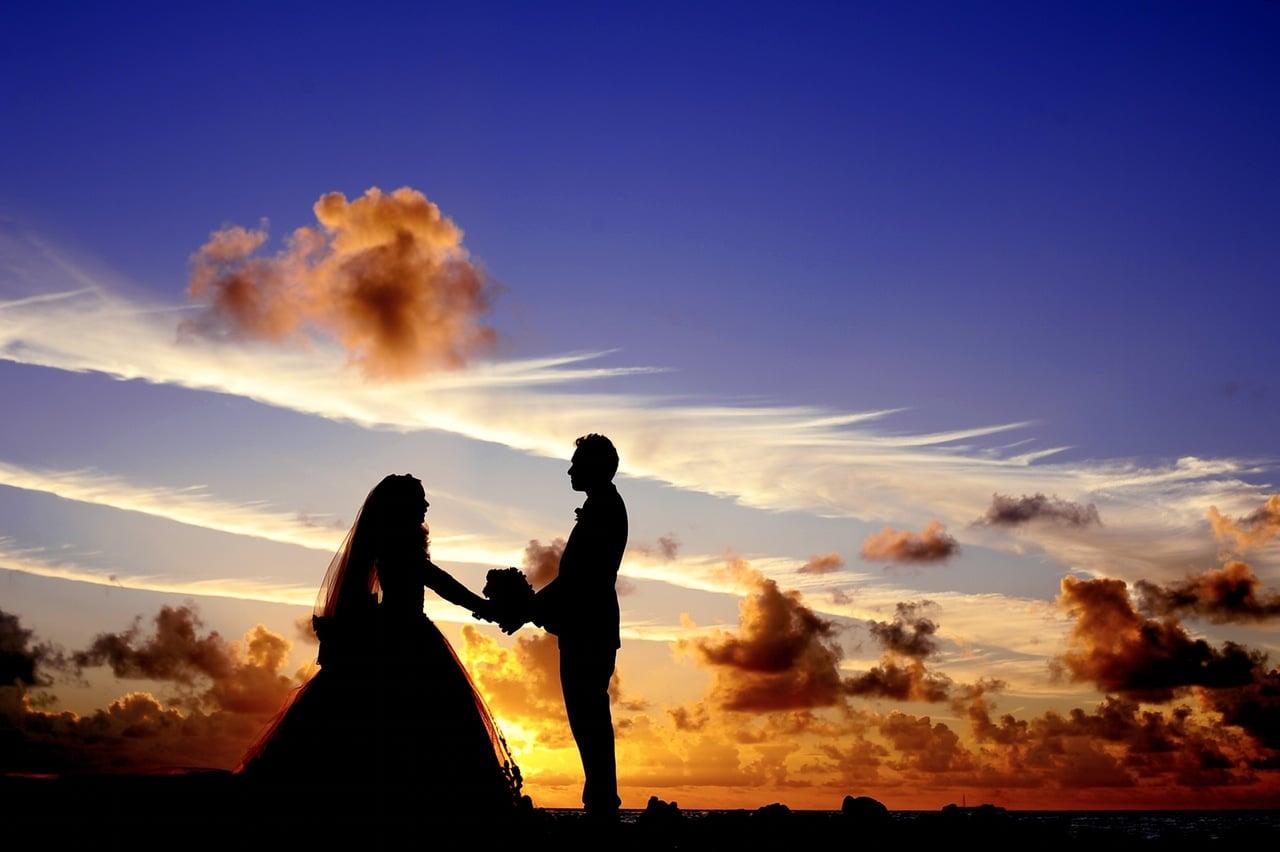 maldives sunset wedding bride 37521