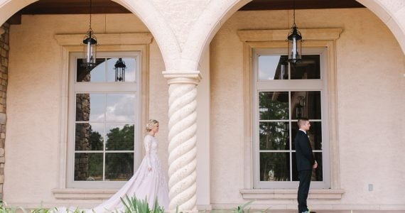 Bride and groom outdoors portraits in Florida.