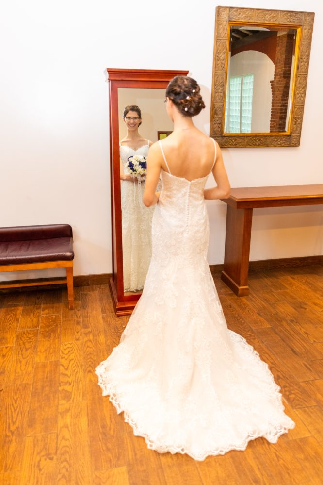 Wedding Dress In Ct.Shari S Wedding Dress Preservation In Connecticut Wedding Gown